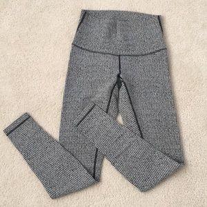 Lululemon Herringbone? Leggings 8 Black & White
